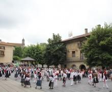 Urretxuko Dantzari Txiki Eguna 2017